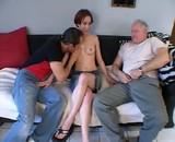 Vidéo sexe Trio père fils